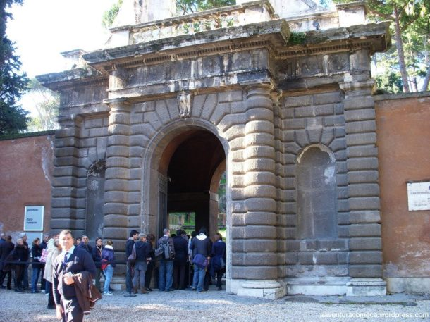 Entrada para o Palatino e Fórum