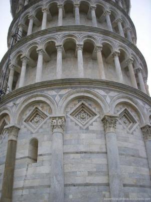 torre de pisa detalhes italia