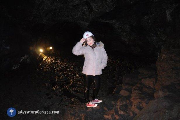 bat cave fuji lava japao