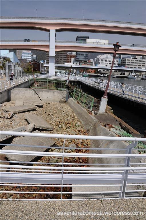estragos do terremoto